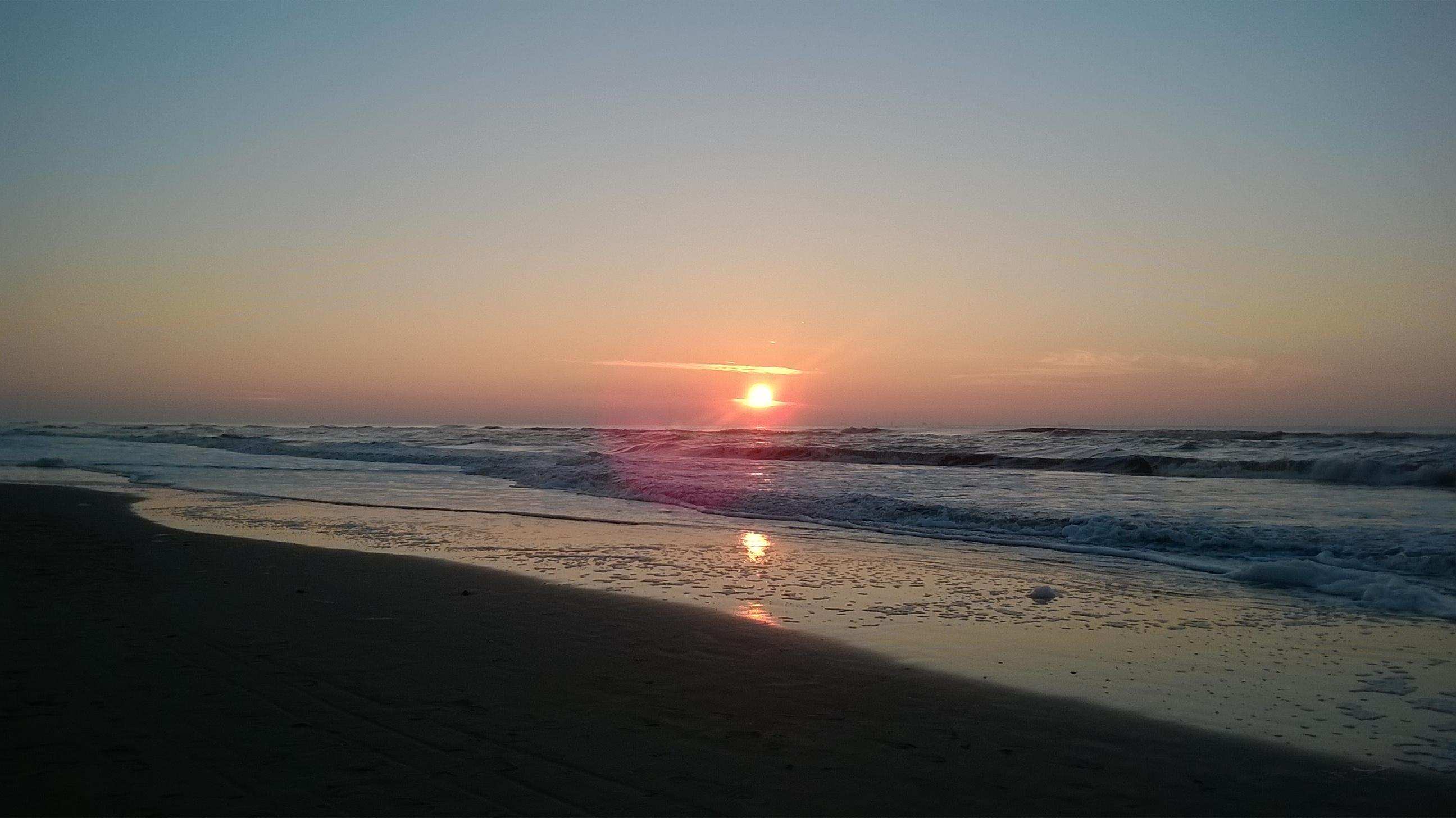 Sonnenuntergang am Strand in Katwijk